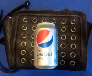 purse pic with can